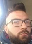 Gennaro, 22  , Afragola