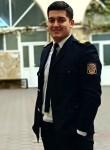Roman, 31  , Kiev