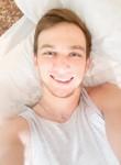 Sergey, 23  , Kiev