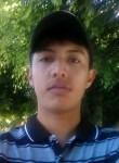 Daniel, 21  , Santa Ana