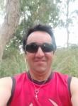 Luis, 43  , Las Piedras