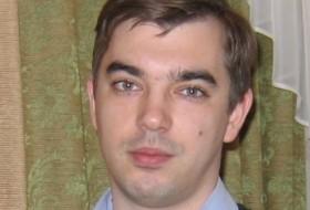 Denis, 41 - Just Me