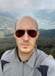 Mirco, 31  , Cermenate