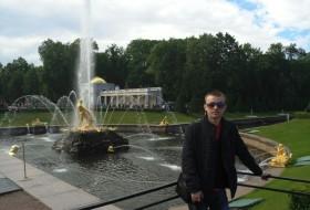 Maksim, 31 - Just Me
