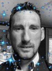 Bastien, 41, France, Beziers