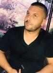 Benard, 33  , Tirana