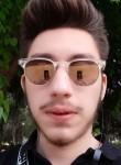 Kirill, 19, Yevpatoriya