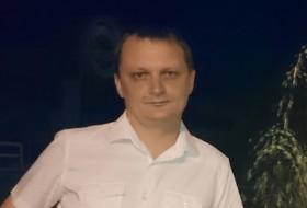 Nikolay , 49 - Just Me
