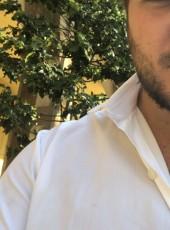 Giovanni, 26, Repubblica Italiana, Napoli