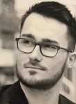 Florian, 23, Paris