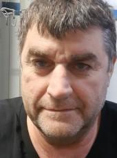 Yaguar, 55, Israel, Qiryat Gat