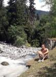 Giorgi, 27  , Tbilisi