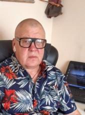 Alfred, 54, Latvia, Riga