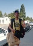 Maksim , 35  , Sevastopol