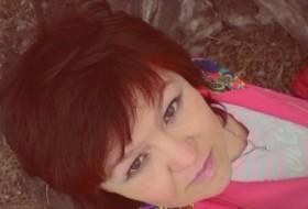 Alena, 40 - Just Me