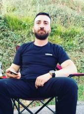Mert, 35, Turkey, Istanbul