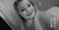 McKenzie, 18 - Just Me Photography 1