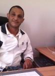 Lotfi, 49, Algiers