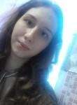 Lyudmila, 19  , Berezniki