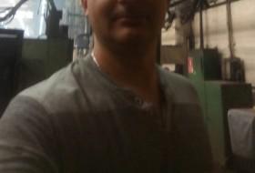 Vadim , 38 - Just Me