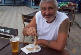 VALENTIN, 63 - Just Me