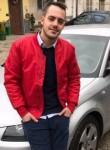 Luca, 25  , Samarate