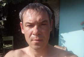 Kostya, 39 - Just Me
