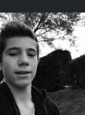 Louis, 19, France, Romans-sur-Isere