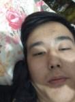 Maks, 20  , Astana