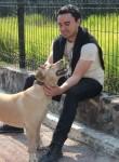 Leon Leon, 22, Coyoacan