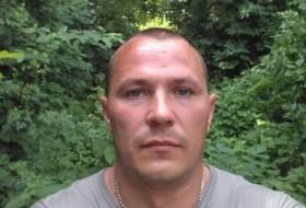 Yurets Yurtsov, 38 - Just Me