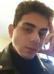 Clement , 19  , Novara