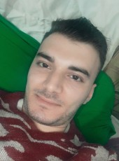 عبدو, 18, Turkey, Istanbul