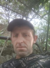 Andrey, 46, Russia, Alushta