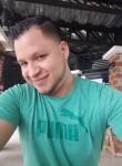 Miguel Llerena, 28  , Guayaquil