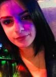Nikki, 26, London