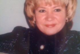 Alla, 54 - Just Me