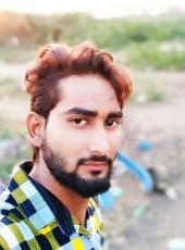 Md Raja, 23, India, Gandhidham