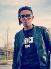 amne, 19, France, Besancon