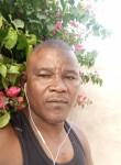 Sani, 44  , Dakar