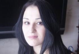 Darya, 30 - Just Me