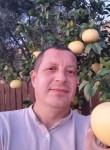 Emil, 40  , Dali