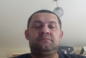 Kemal, 44 - Just Me