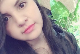 vanessa, 24 - Just Me