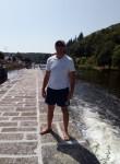karlos, 34  , Lorient