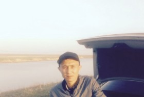 Zhas, 29 - Just Me