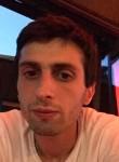 Garnik Saakyan, 25  , Yerevan