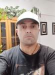Osvaldo , 54  , Buenos Aires