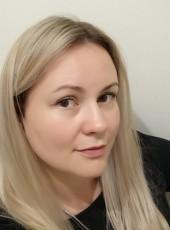 Viktoriya, 35, Russia, Saint Petersburg