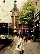 Caroline, 25, Russia, Moscow